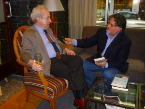 John Banville y Miguel Giráldez en 2015