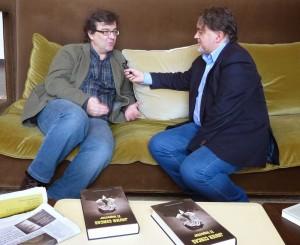 Giráldez con Javier Cercas, entrevista en torno a El Impostor